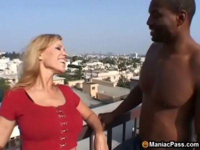 Tits Blonde xxx: From sunbathing to fucking