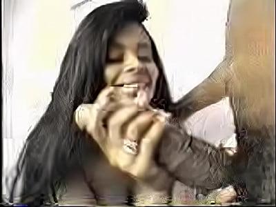 imagens de mulheres co clitoris grande 8
