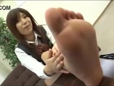 日本学校女の子ショー彼女きれい足