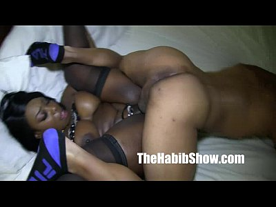 Trio ebonys flaming cock swallowing