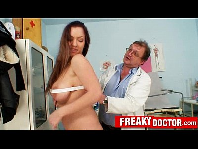 Huge breasts brunette Stella Fox medical check-up at gyno clinic
