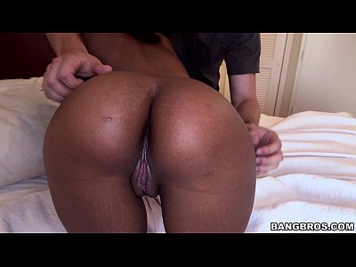 Ebony cutie takes a big load