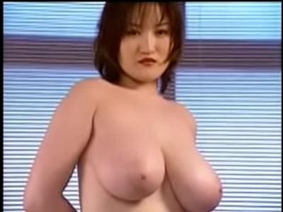 【松嶋まりな】Jカップ巨乳お姉さんのバルーンのようなおっぱいがエロいです