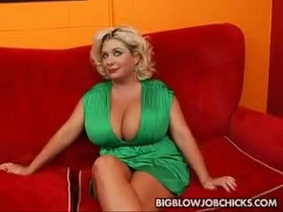 Claudia Claudiamarie Escort video: Huge Tits Claudia Marie Paid To Suck Cock