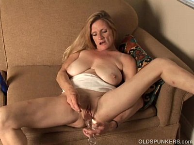 Milf Mature Granny video: Trashy old spunker thinks of you as she fucks her juicy pussy