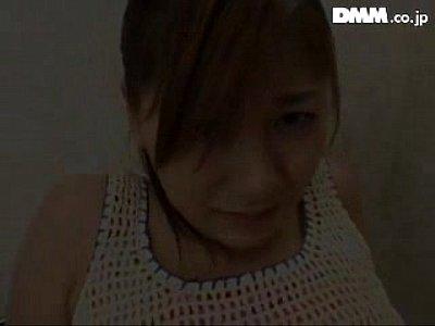 【無料AV動画】仲村もも、パイパンでスケベな痴女お姉さんがする卑猥な顔面騎乗&手コキが最高