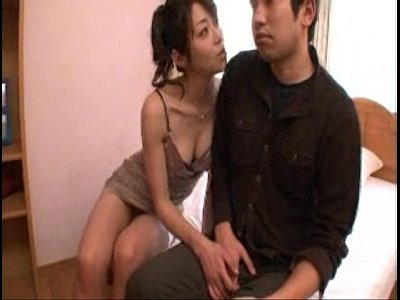 【素人ナンパ】韓国のソウルで出会った美少女が初めて日本男子のデカチンを見たリアクションwww