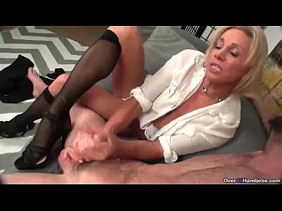 ov40-Stockings and high heels handjob