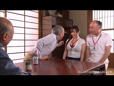 【素人】服の上からでも分かるGカップの巨乳介護士をハメ撮り!