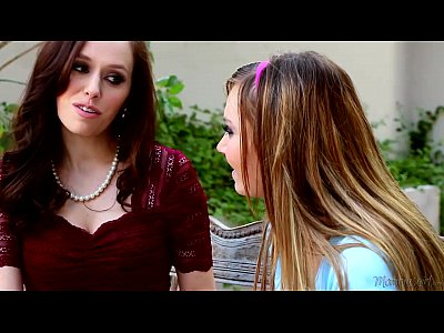 Fingering Licking Outdoor video: Big titted Step-Mother Savannah Fyre and Tiff Bannister