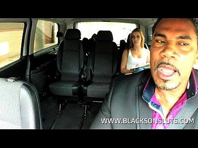 Blowjob Deepthroat Outdoors vid: Black Taxi Driver Fucks Young Teen