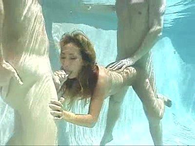 sex pornstar in the water