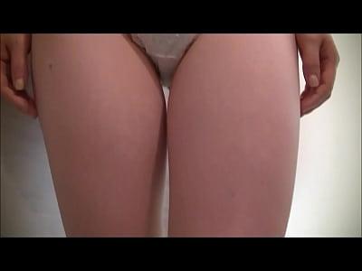 とある風俗店のサンプル動画でディルドにコンドームを着けて手コキ