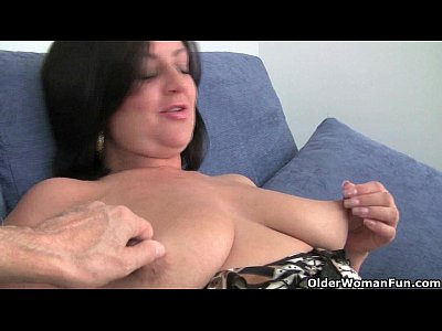 Milf Mature Mom video: British soccer mom Abigale collection
