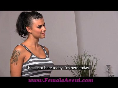 Porno video: FemaleAgent Amazing first lesbian casting for gullible beauty