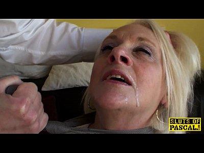Blonda Fututa In Gura De Un Tip Dotat Rau