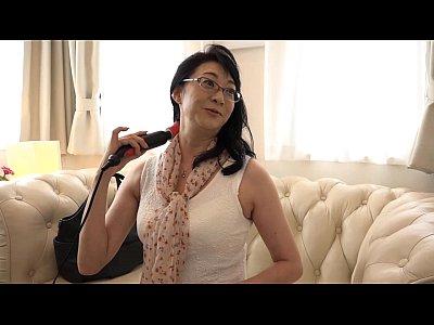 【H動画】既婚者年増をキャッチしてオお肉穴に電動あん摩機を当てて感想をお聞きするシリーズmovie