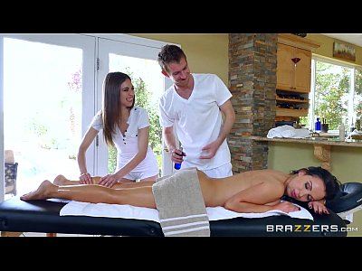 Teen Threesome Milf video: Brazzers - Sexy threesome massage