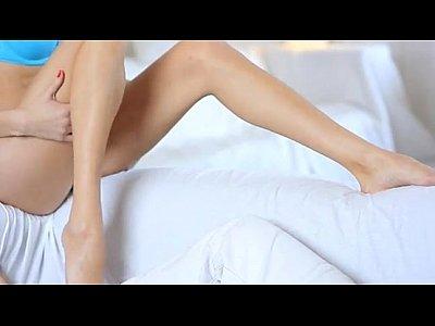 adolescente na cama