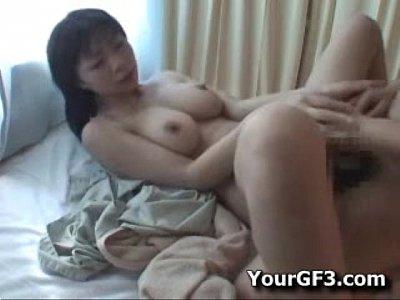 【素人人妻】美巨乳の若妻マッサージ師と週に一度の濃厚セックス