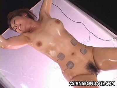 Asian Ass Bdsm video: Asian babe is vacuum simulated to her pleasure