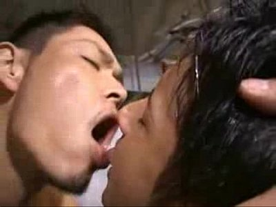 【gaydouga】イケメンなのに包茎チンポなノンケ男子がノンケ食いのタチの悪いゲイに捕まる