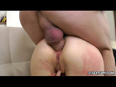 Gaping Stockings Fingering video: Her ass is her temple
