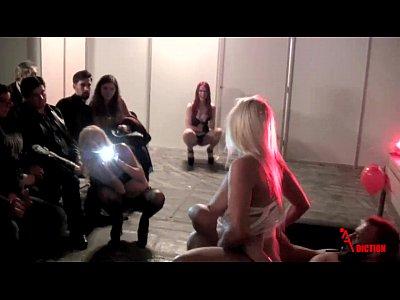 Porn Blondiefesser Emilioardana video: Suck and fucking in public - Blondie Fesser & Emilio Ardana