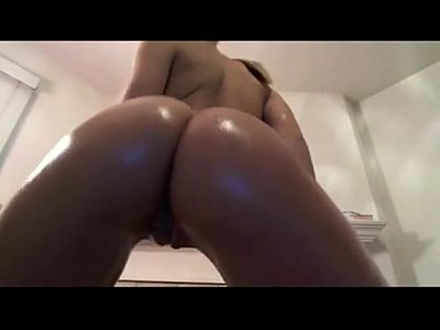 big tits hot ass girl tattoo white dark haired obbediente colegio