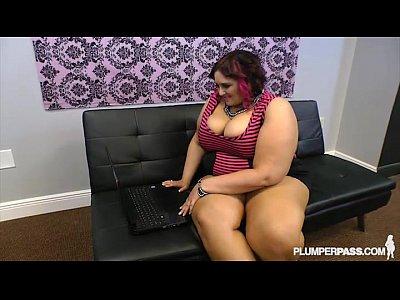 Busty BBW Fucks Strange Cock Online Dating