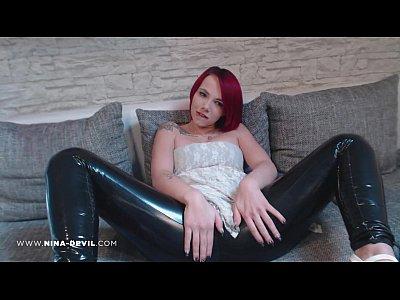 Erotik Fetisch German video: Na gefällt dir mein LATEX ARSCH!?
