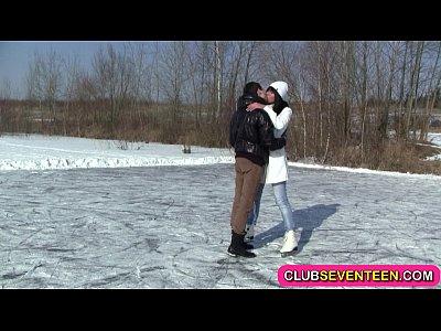 hot cazzo dopo pattinaggio su ghiaccio
