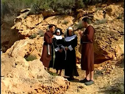 Порно фильм с монашками