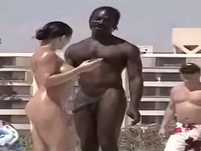 Campo nudista en california
