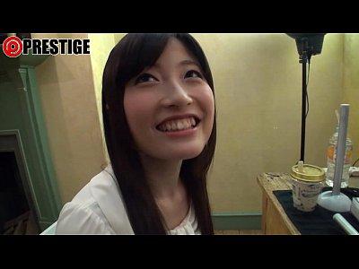北野のぞみのAV初出演動画!がっつりマンコ見せられてほほ赤らめてかわゆいww