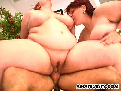 Hardcore Group Blowjob video: 2 hot fat amateur Milf in a threesome with facial