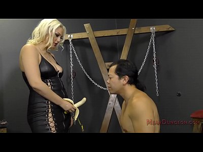 Femdom Slave Facesitting video: Jenna Ivory MD Tb