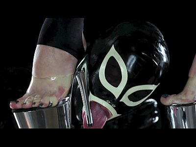 Foot Fetish Licking video: Smell the perfect pussy of your mistress!
