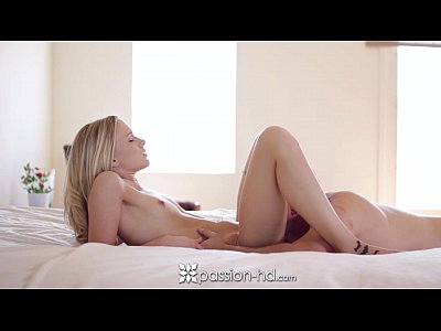 Toys Blonde Blowjob video: Passion-HD - Lucky guy fucks Brie Mitchells tasty pussy for breakfast