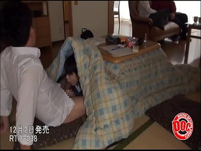 【素人JKエロ動画】パンチラ制服ギャルたちと隠れてこっそりセックスしてみたエロ動画!