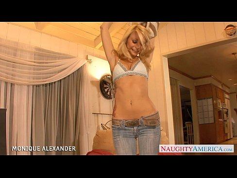 http://img-l3.xvideos.com/videos/thumbslll/00/60/16/0060168f016d028747b9fe558b0b8094/0060168f016d028747b9fe558b0b8094.3.jpg