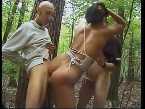 Omas Ficken Im Wald