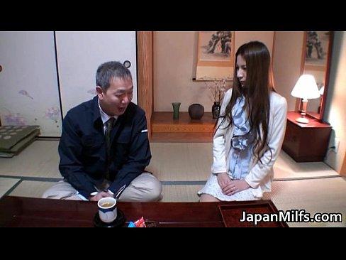 自宅にて、熟女のレイプ無料jyukujyo動画。夫の上司に自宅でレイプされてしまう綺麗な熟女妻
