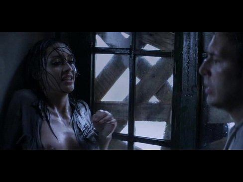 Каролина Герра, София Майлс 'Проклятых (2013)'
