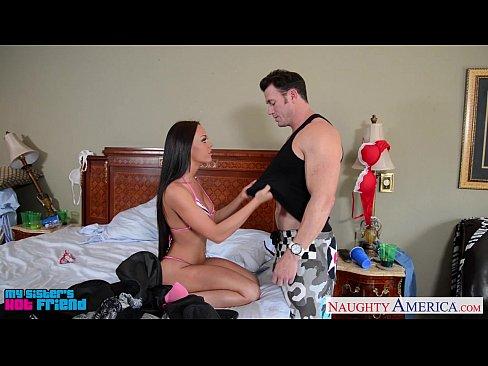 http://img-l3.xvideos.com/videos/thumbslll/08/1e/a9/081ea9101c1695ca6c55622a69d23384/081ea9101c1695ca6c55622a69d23384.7.jpg
