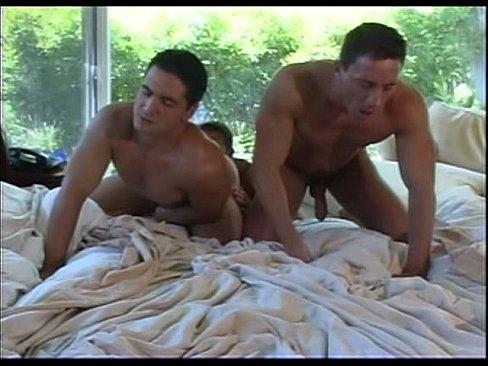 Viktor Perseo Bem Campezi & Jake Gianelli The Bouncer