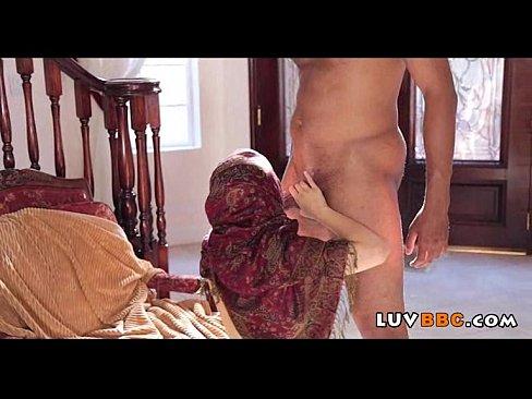 секс крупным планом анал первый раз бесплатно