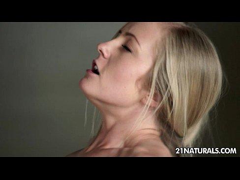 http://img-l3.xvideos.com/videos/thumbslll/12/7d/a5/127da59c476d16a69d9a292fe07e9aac/127da59c476d16a69d9a292fe07e9aac.18.jpg
