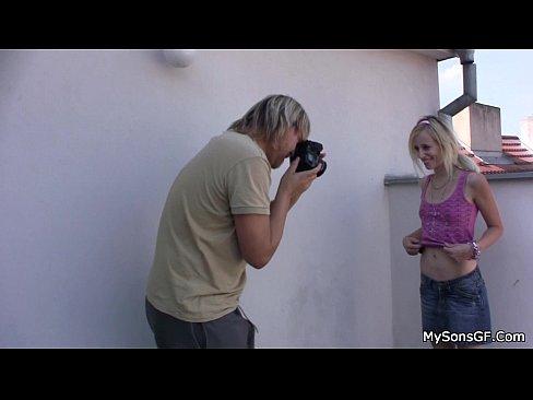 http://img-l3.xvideos.com/videos/thumbslll/15/79/08/157908a59a364655c5b19f916854119e/157908a59a364655c5b19f916854119e.1.jpg