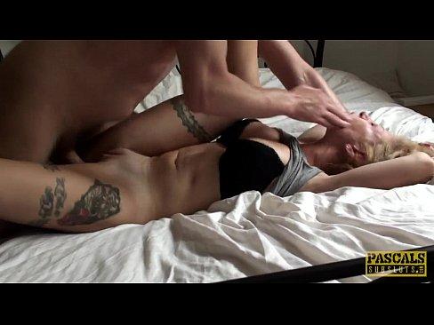 Blonda Tatuata Fututa Agresiv In Cur Si In Pizda